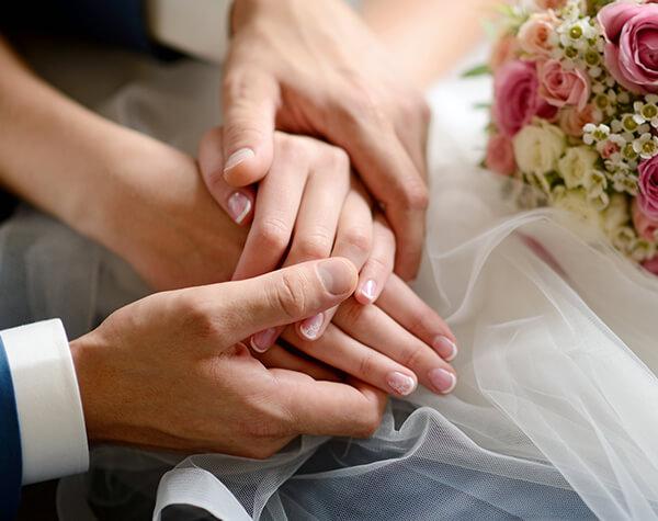 Sérum para manos aterciopeladas para manos entrelazadas