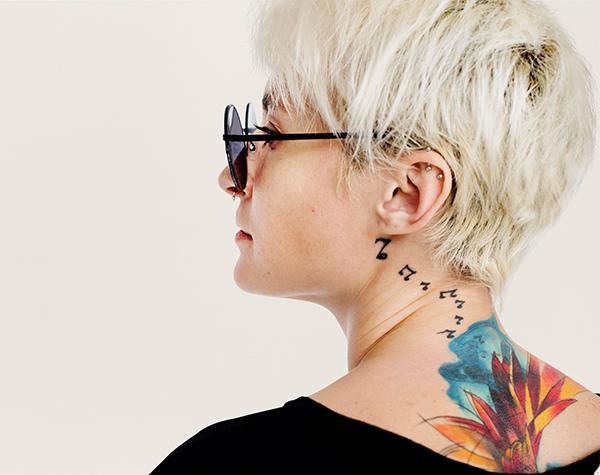 espalda tatuada